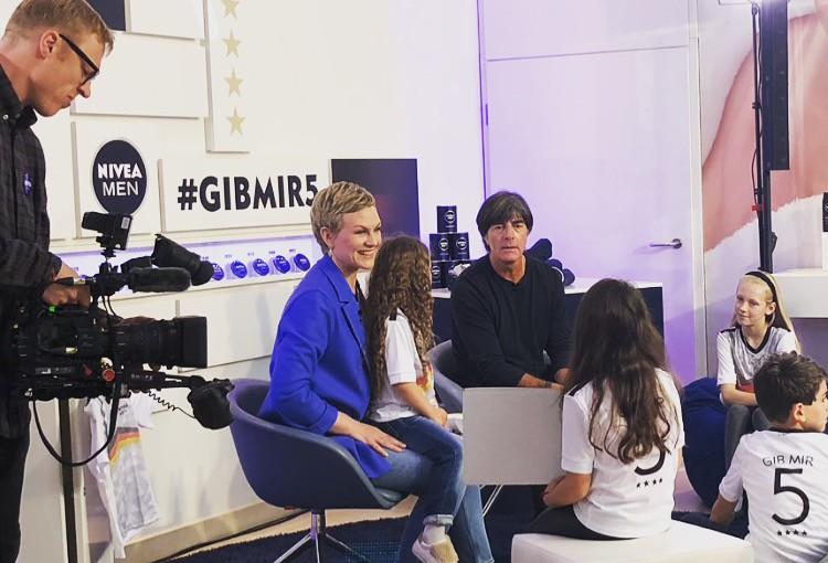 """Talkrunde mit Kindern und Jogi Löw für """"Nivea Men"""""""